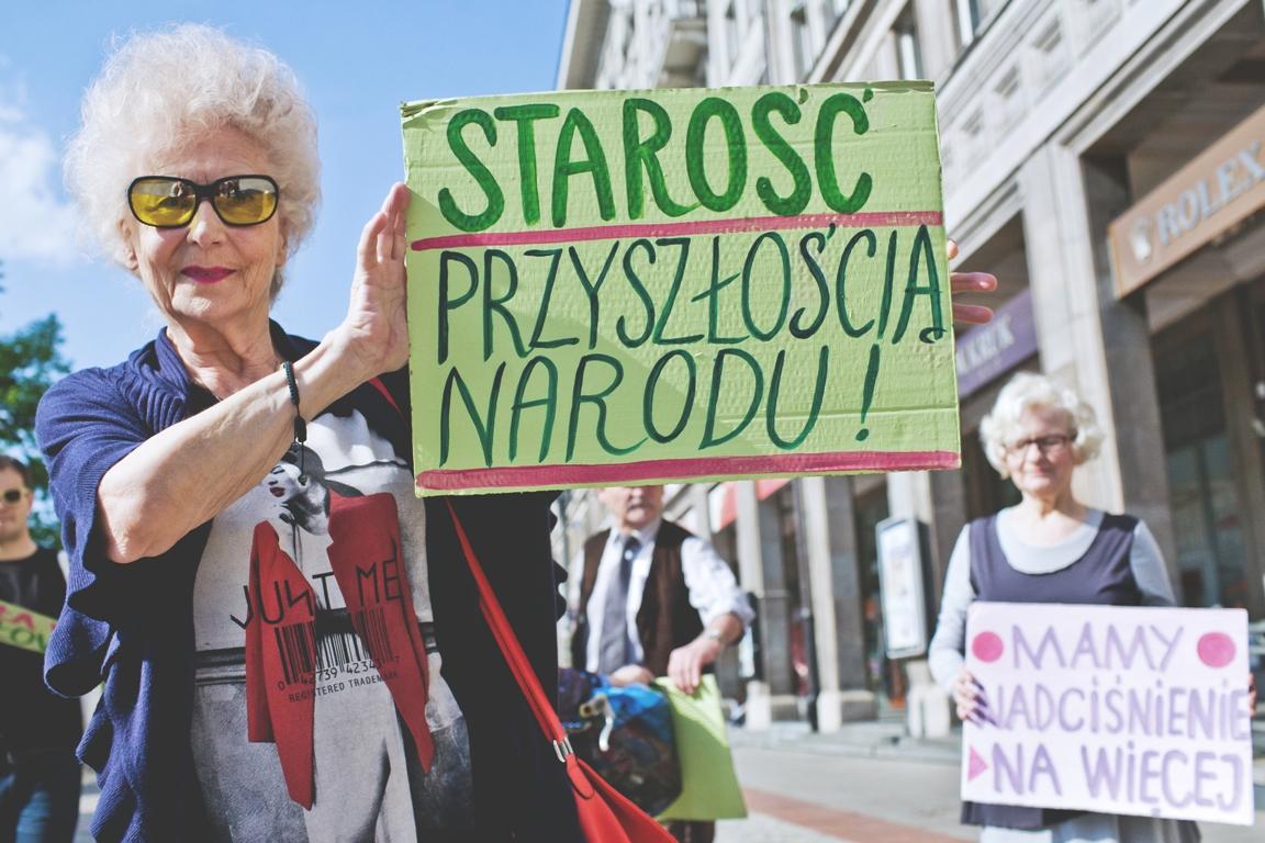 Polscy Seniorzy Mistrzami Europy, czyli o co chodzi Paradzie Seniorów i Pikniku Pokoleń?