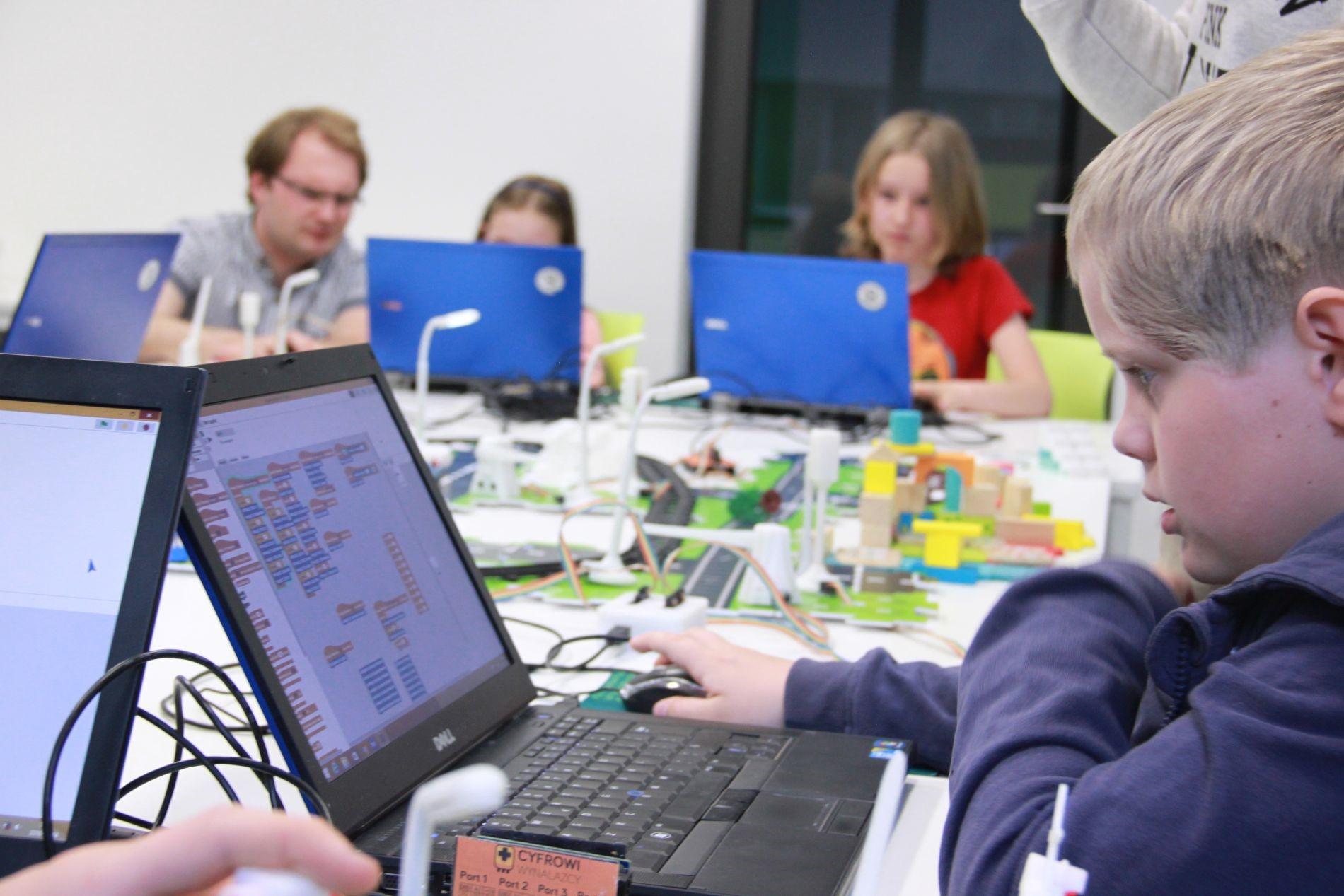 Inteligentne miasto i nauka programowania