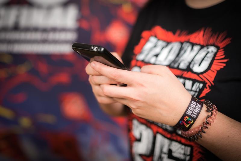 Znaczenie SMS-ów w komunikacji Polaków – Raport z badania
